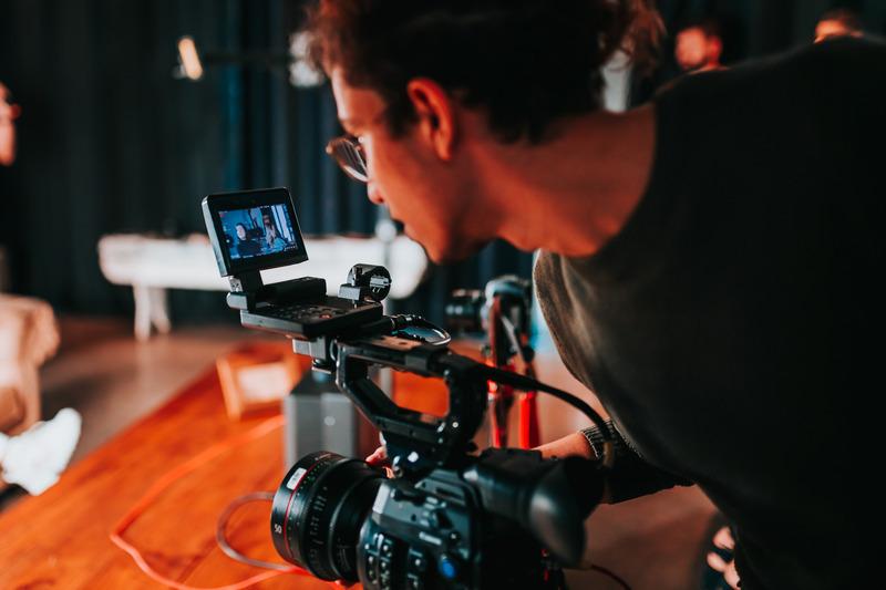¿En qué se diferencia Vimeo de YouTube?
